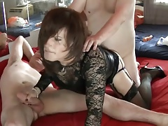 A jaw-dropping 3some with 2 super-cute fellows - 2