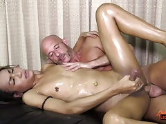 T-girl Iceland Lube