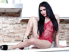 Unexperienced Sizzling Stunner Transsexual Filipina Kitchen